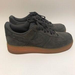 Women's Nike Air Force 1 Suede Gum Bottom Sz 11.5
